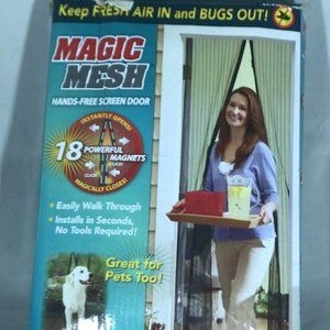 Magic Mesh Screen Door As seen on TV open box